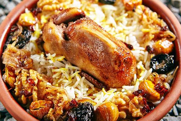 Cailles farcies et riz, par Cuisine-at-home, Cours de cuisine Saint-Germain-en-Laye Cours de cuisine Yvelines