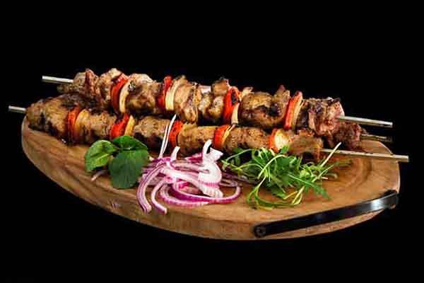 Kuzu sis kebabi, par Cuisine-at-home, Cours de cuisine Saint-Germain-en-Laye Cours de cuisine Yvelines