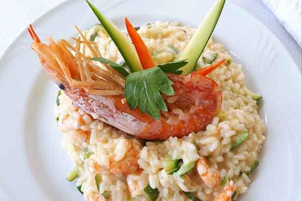 Risotto aux crevettes, par Cuisine-at-home, Cours de cuisine Saint-Germain-en-Laye Cours de cuisine Yvelines