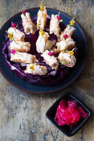 Crevettes marinées sésame, par Cuisine at home Traiteur Yvelines, Traiteur Saint Germain en Laye